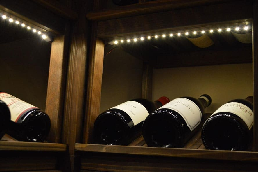 Accent wine cellar lighting